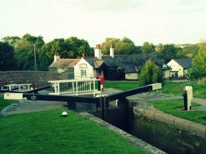 Foxton locks hire boat navigation inn
