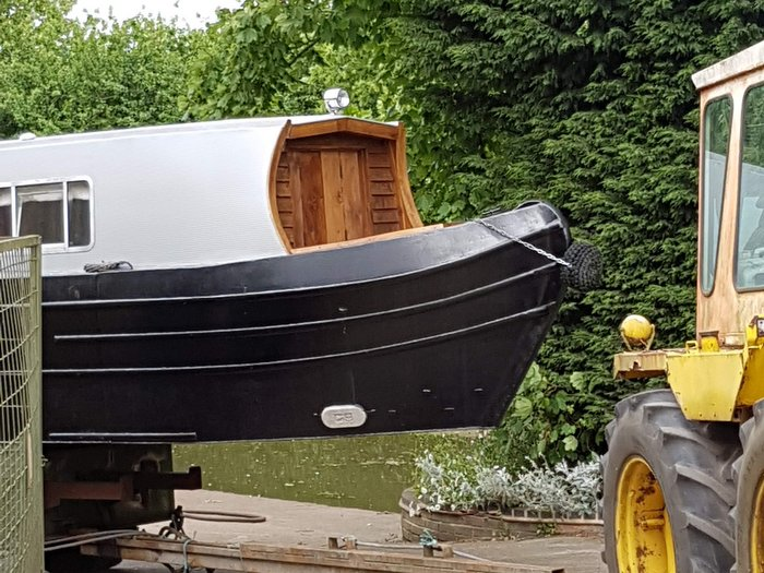 Boutique Narrowboat is moved to the canal