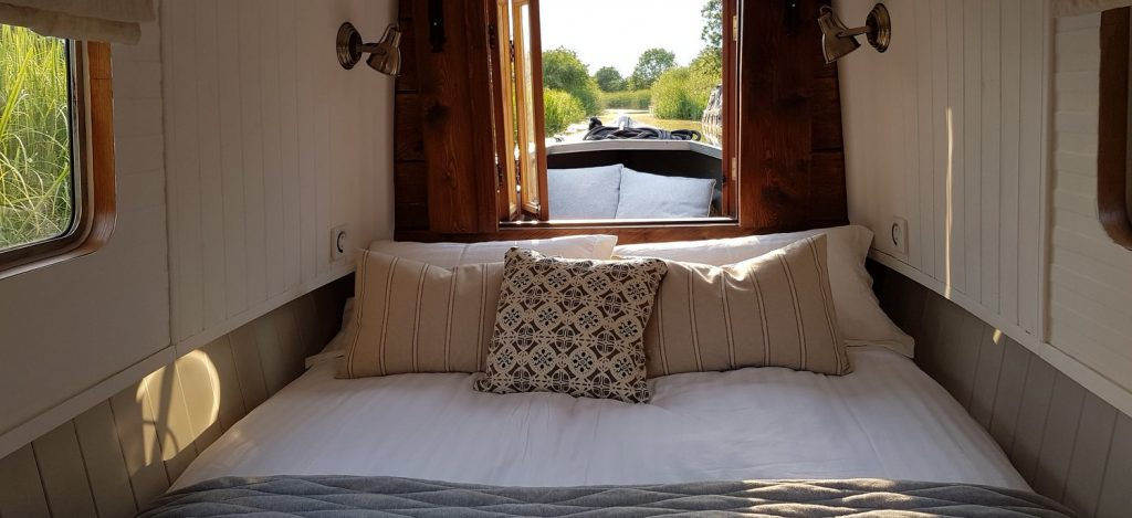 romantic weekend getaway on boutique narrowboat