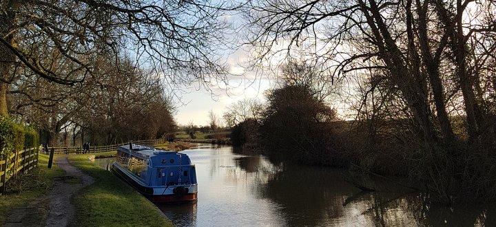 a narrowboat holiday in winter