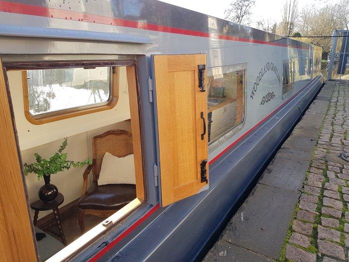 Narrowboat build