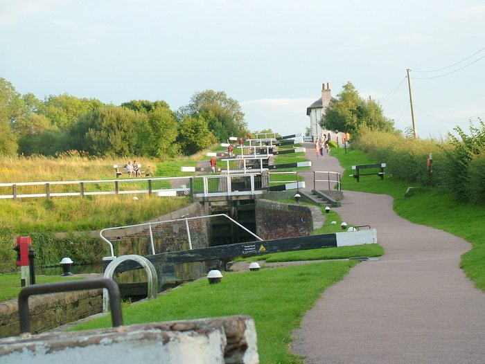explore Foxton Locks as part of the day boat hire gift